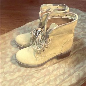 Shoes - Olive boots